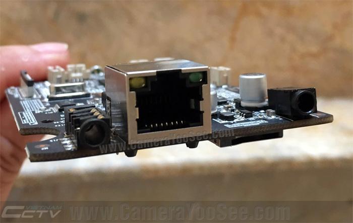 Camera YooSee hỗ trợ cổng mạng LAN có đèn